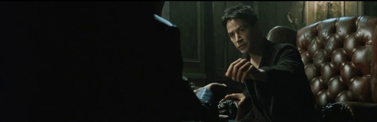 Neo tomando la píldora roja